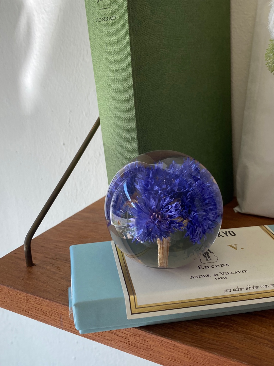 20'S Hafod cornflower Resin Paperweight